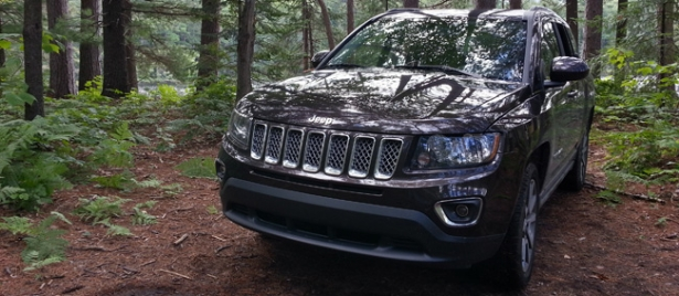 jeep compass 4x4 limited 2014 et si c tait vraiment une jeep. Black Bedroom Furniture Sets. Home Design Ideas